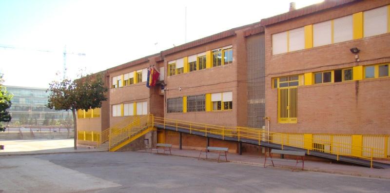 Escuela de padres en el colegio del Infante con Maestros Mundi
